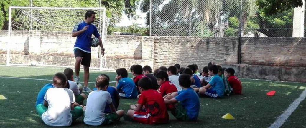 Salud emocional y práctica deportiva en niños y adolescentes